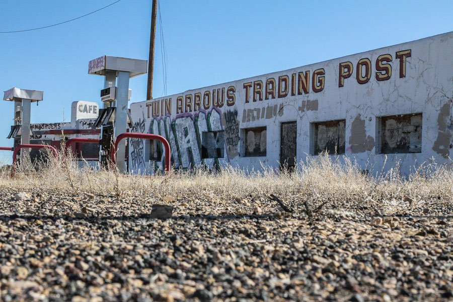 Giants along Route 66: Giant Arrows