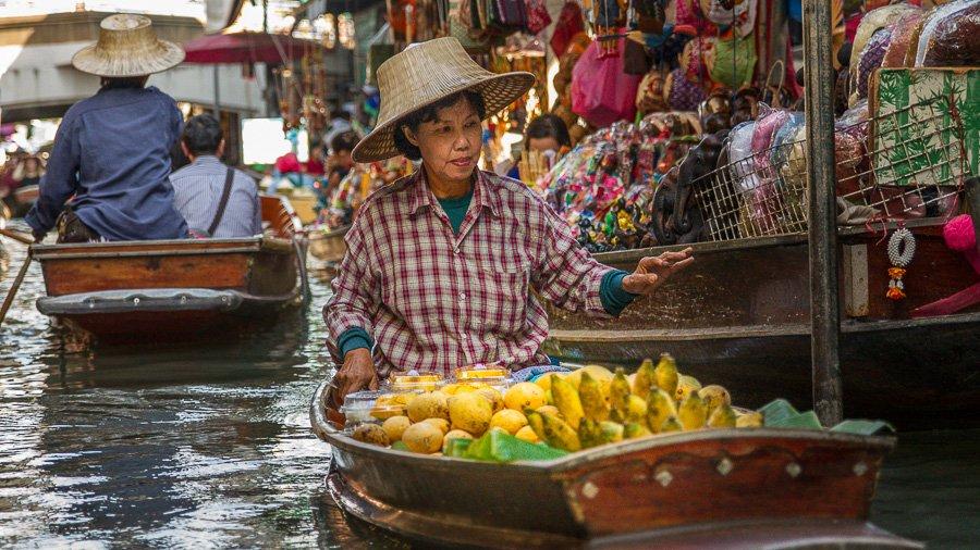 Floating Market, Bangkok - Damnoen Saduak, Thailand ...