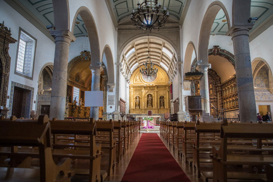 Faro Cathedral - A beautiful place in the Algarve region